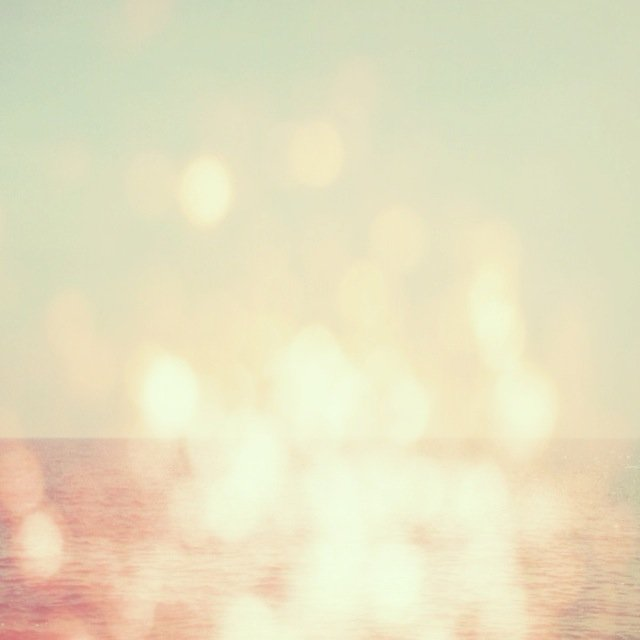 Sparkling sea by Tanja ting